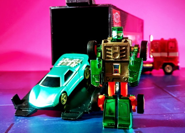 1993 Transformers Generation 2 Beachcomber