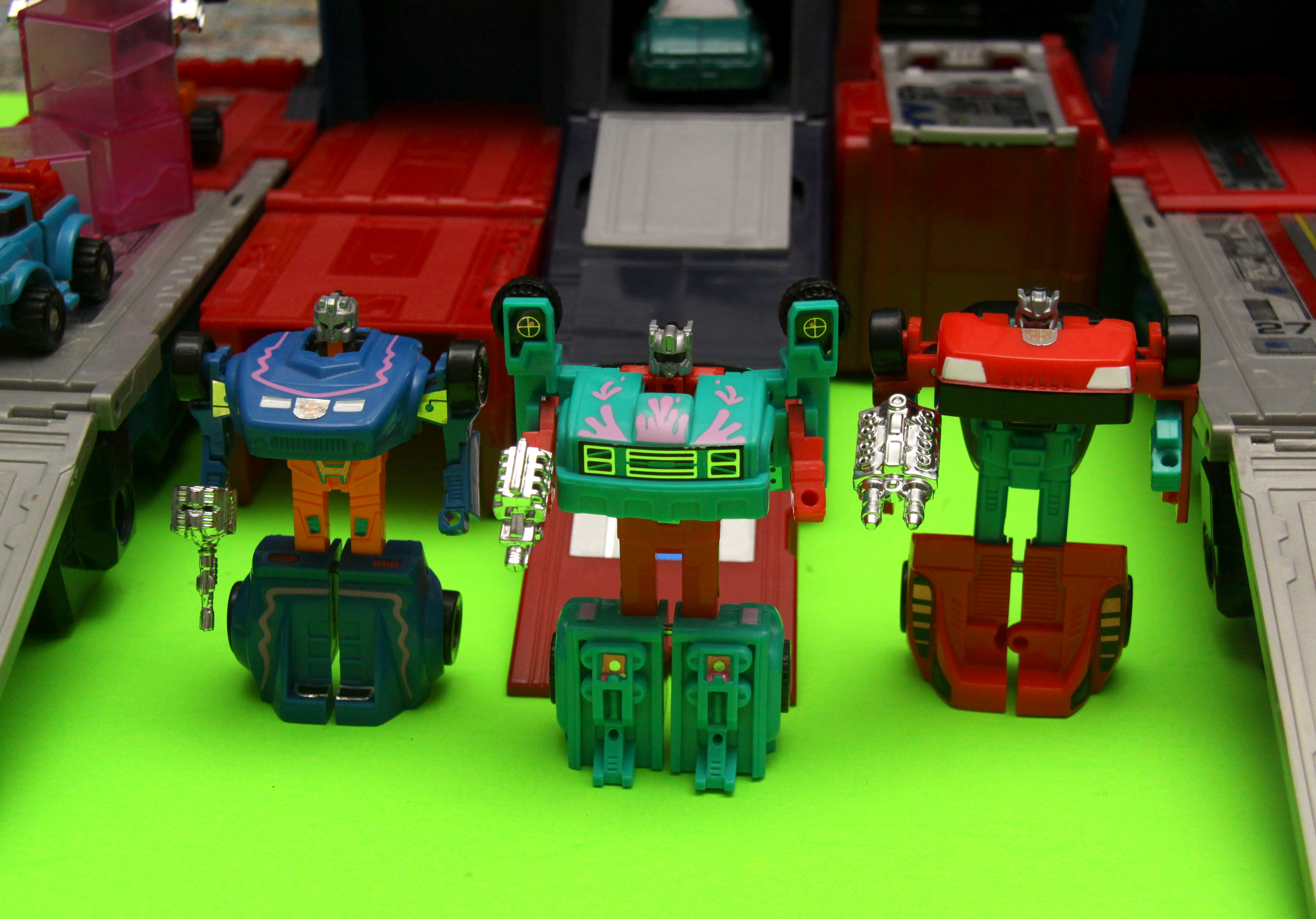 1993 Transformers Generation 2 Axelerators and Skyscorchers